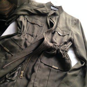 NWOT H&M Jacket Zip Front Large Pockets